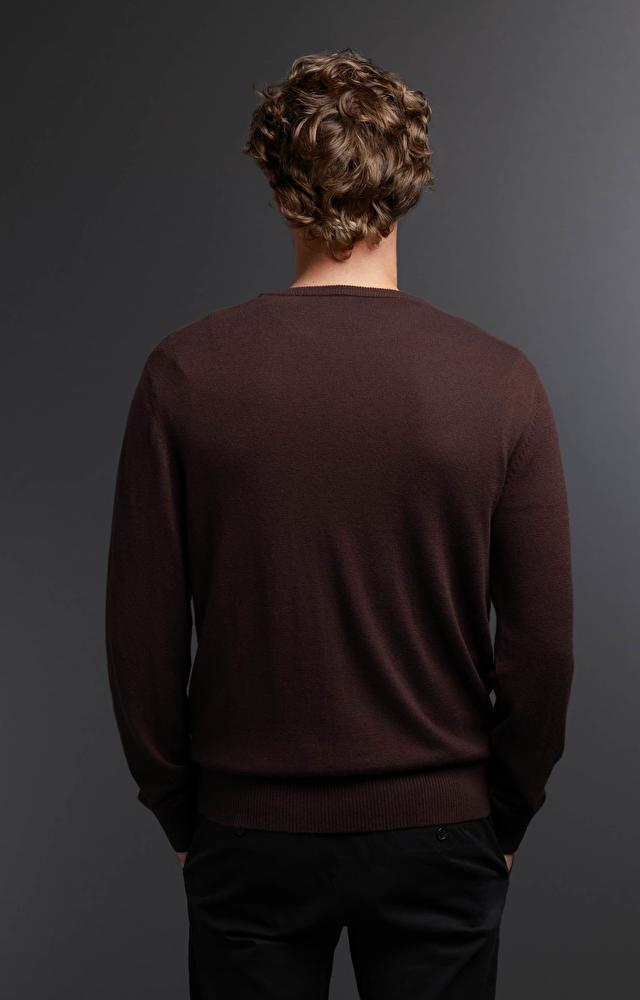 Brązowy sweter WÓLCZANKA