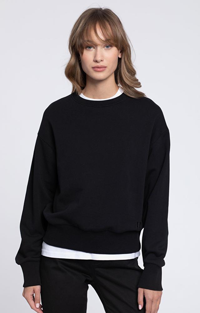 Czarna bluza damska WÓLCZANKA