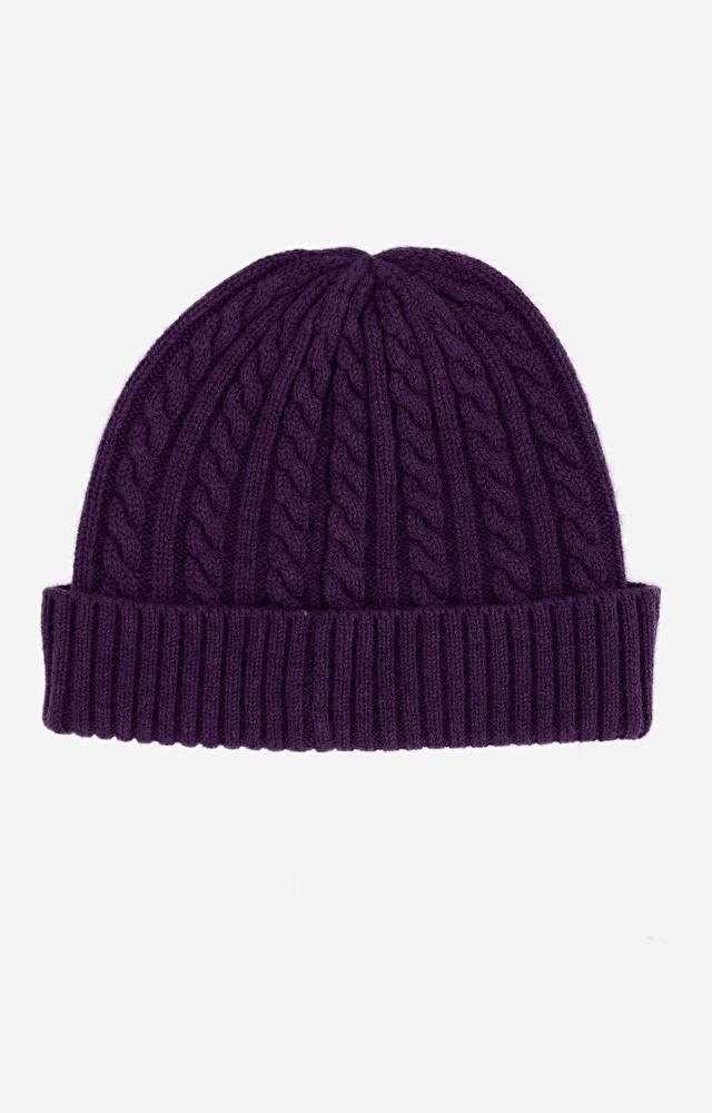Fioletowa czapka WÓLCZANKA