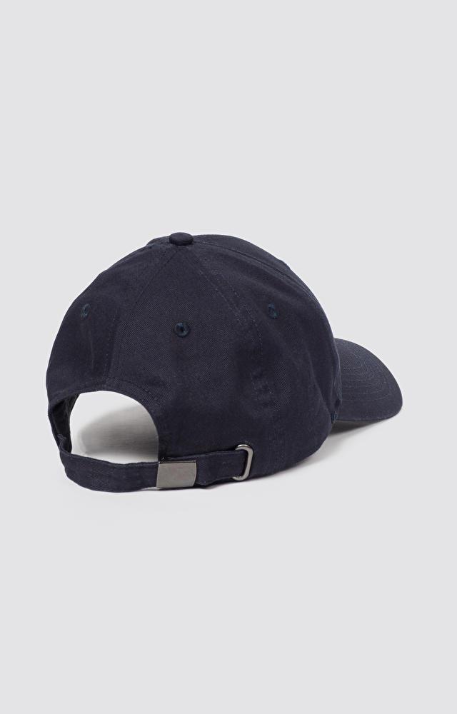 Granatowa czapka z daszkiem WÓLCZANKA