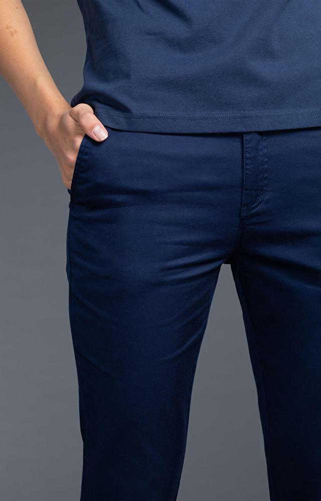Granatowe spodnie damskie WÓLCZANKA