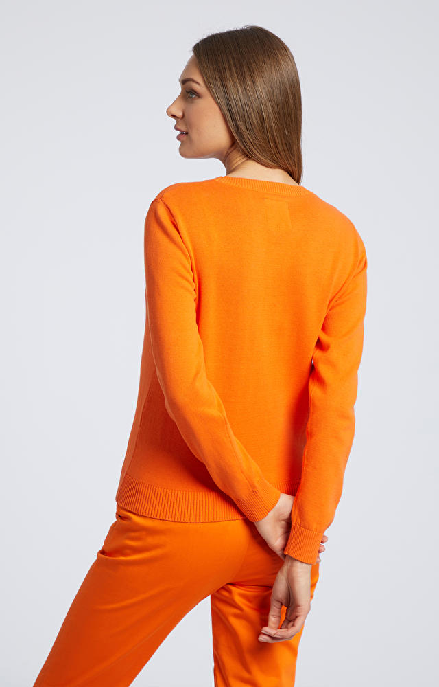 Pomarańczowy sweter damski WÓLCZANKA