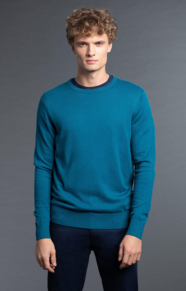 Turkusowy sweter WÓLCZANKA