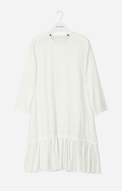Sukienka z lyocellu z falbanami