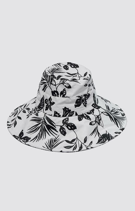 Biały kapelusz WÓLCZANKA