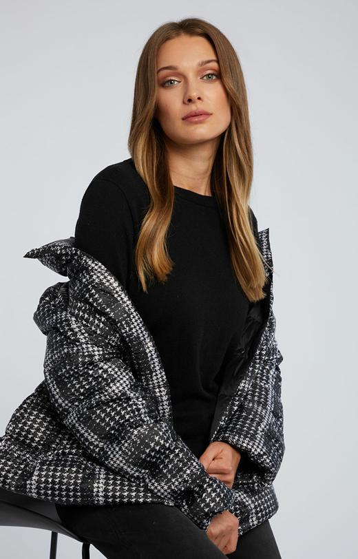 Gładki sweter z wełną merino i kaszmirem