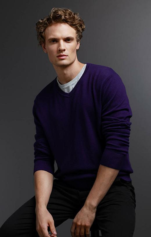 Fioletowy sweter WÓLCZANKA