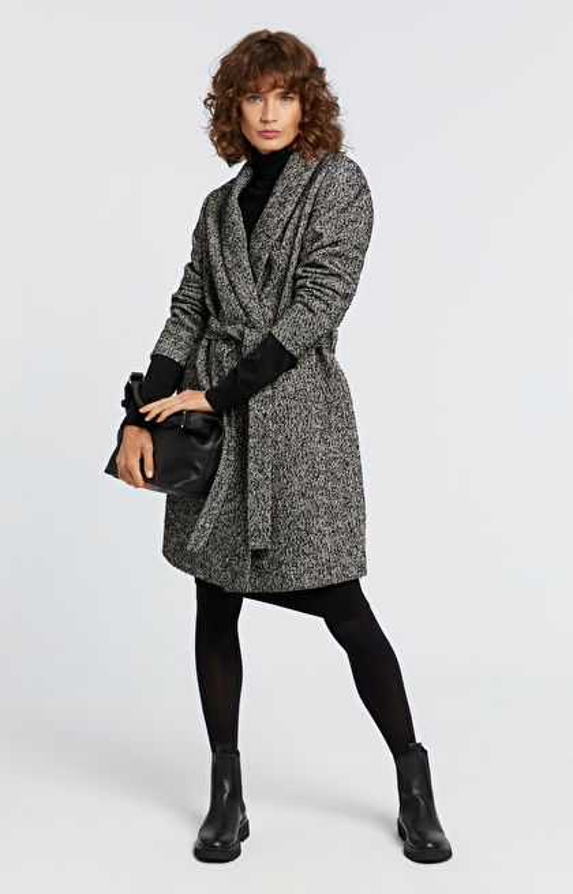 Szlafrokowy płaszcz z wełną