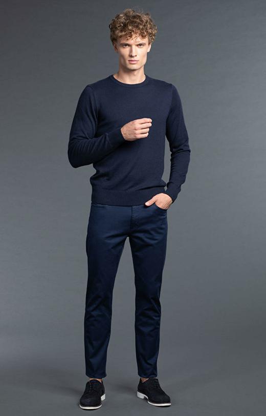 Granatowe spodnie męskie WÓLCZANKA