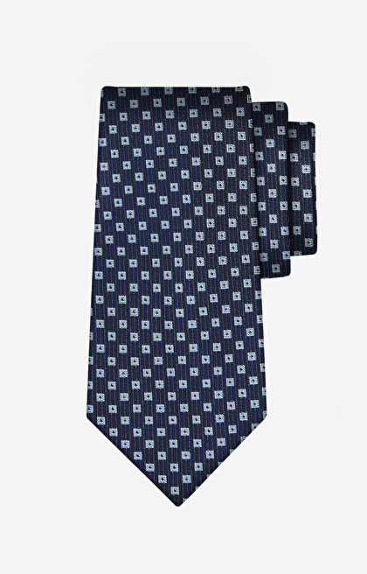 Jedwabny krawat w geometryczny wzór