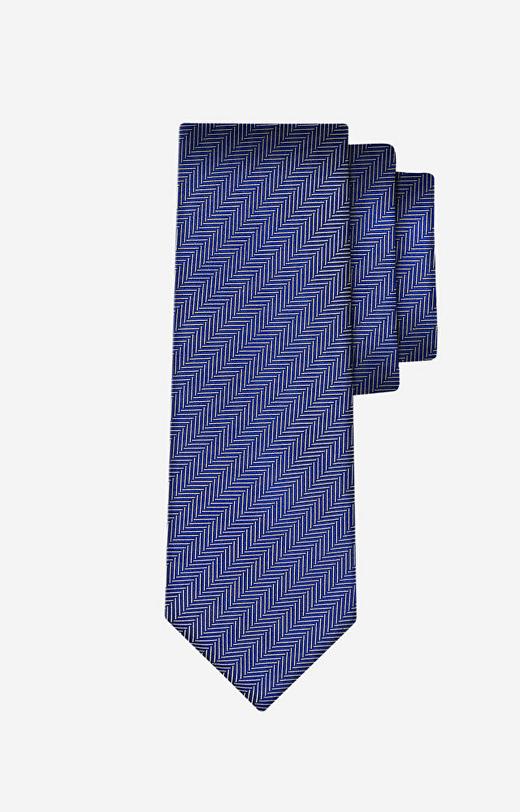 Jedwabny krawat w jodełkę