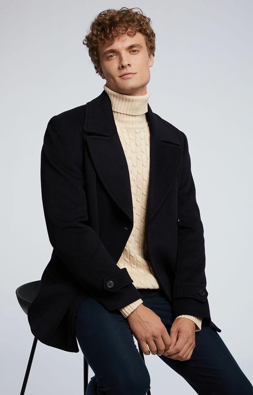 Krótki płaszcz z wełną