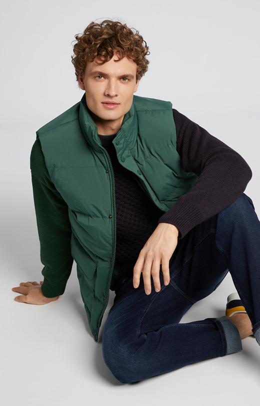 Sweter z domieszką wełny