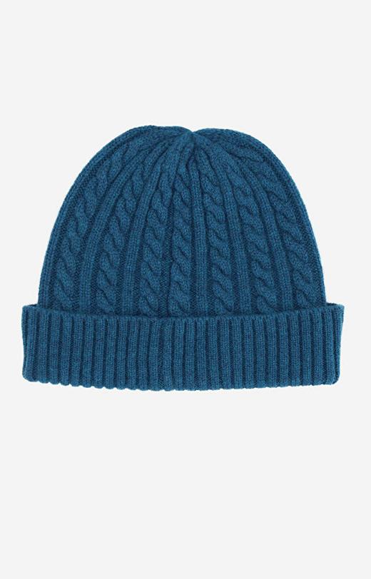 Niebieska czapka WÓLCZANKA