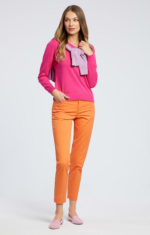 Różowy sweter damski WÓLCZANKA