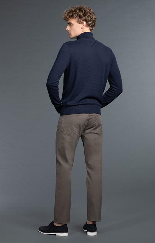 Spodnie khaki WÓLCZANKA