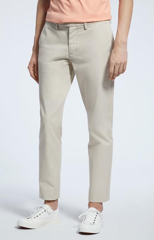 Jasnobeżowe spodnie WÓLCZANKA