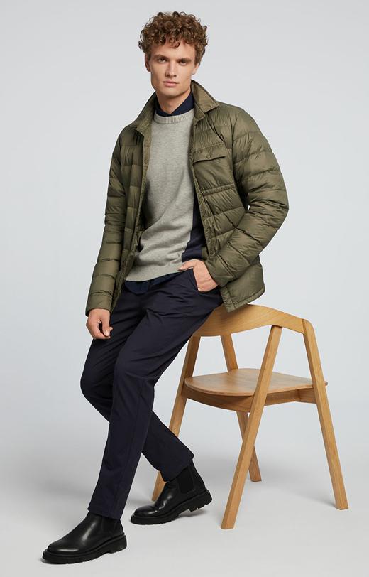 Trójkolorowy sweter z wiskozą